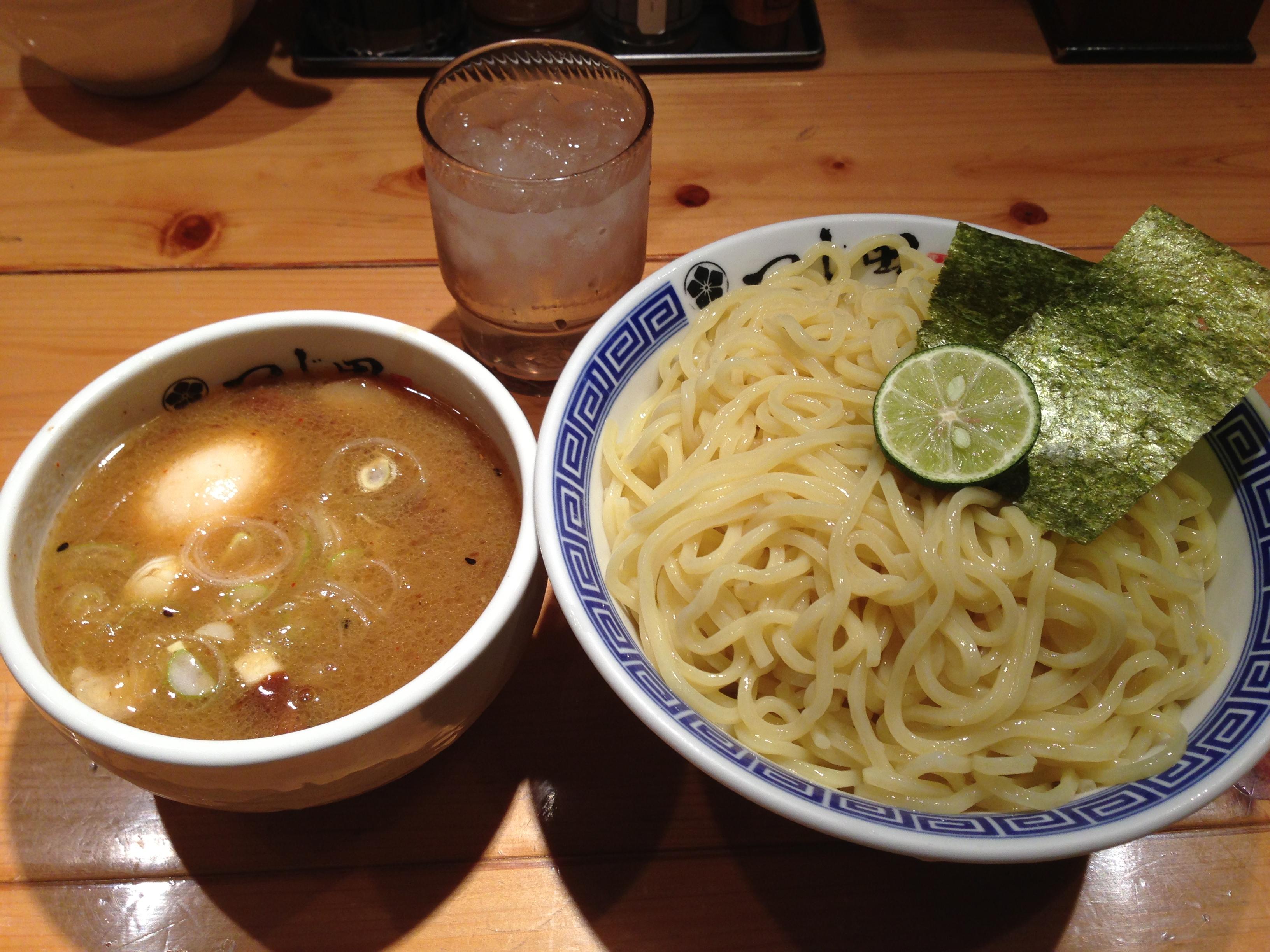 神田御茶ノ水のラーメンといえばこの有名店「つじ田」