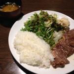 神田駅で肉ランチしたいなら!居酒屋のむず「ステーキ定食」